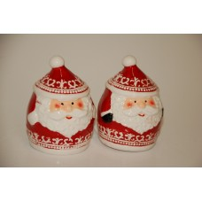 SET OF 2 SANTA SALT & PEPPER SHAKERS